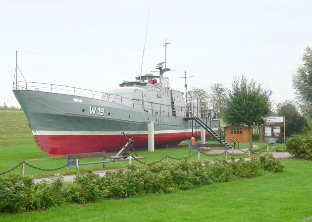 Horumersiel_Küstenwachboot_wiki_gemeinfrei