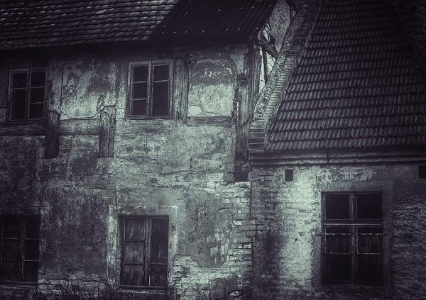 Ein geheimnisvolles Spukhaus