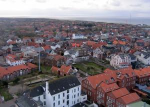 Ein Foto der Stadt Borkum Schauplatz des Ostfrieslandkrimis von Sina Jorritsma