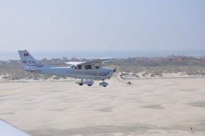 Flugzeug auf dem Weg auf die Nordseeinsel Borkum