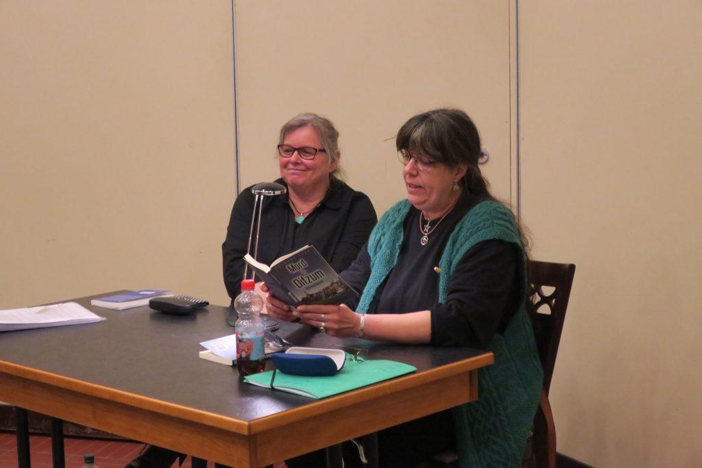 Susanne Ptak liest aus Mord in Ditzum