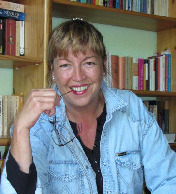 Krimiautorin Elke Nansen