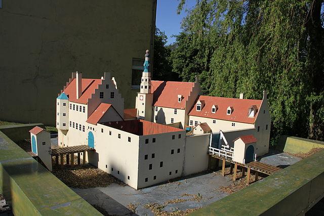 Modell Burg Oldersum